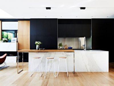 thiết kế nội thất phòng bếp với hai màu đen trắng 0
