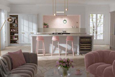 phòng bếp màu hồng lãng mạn